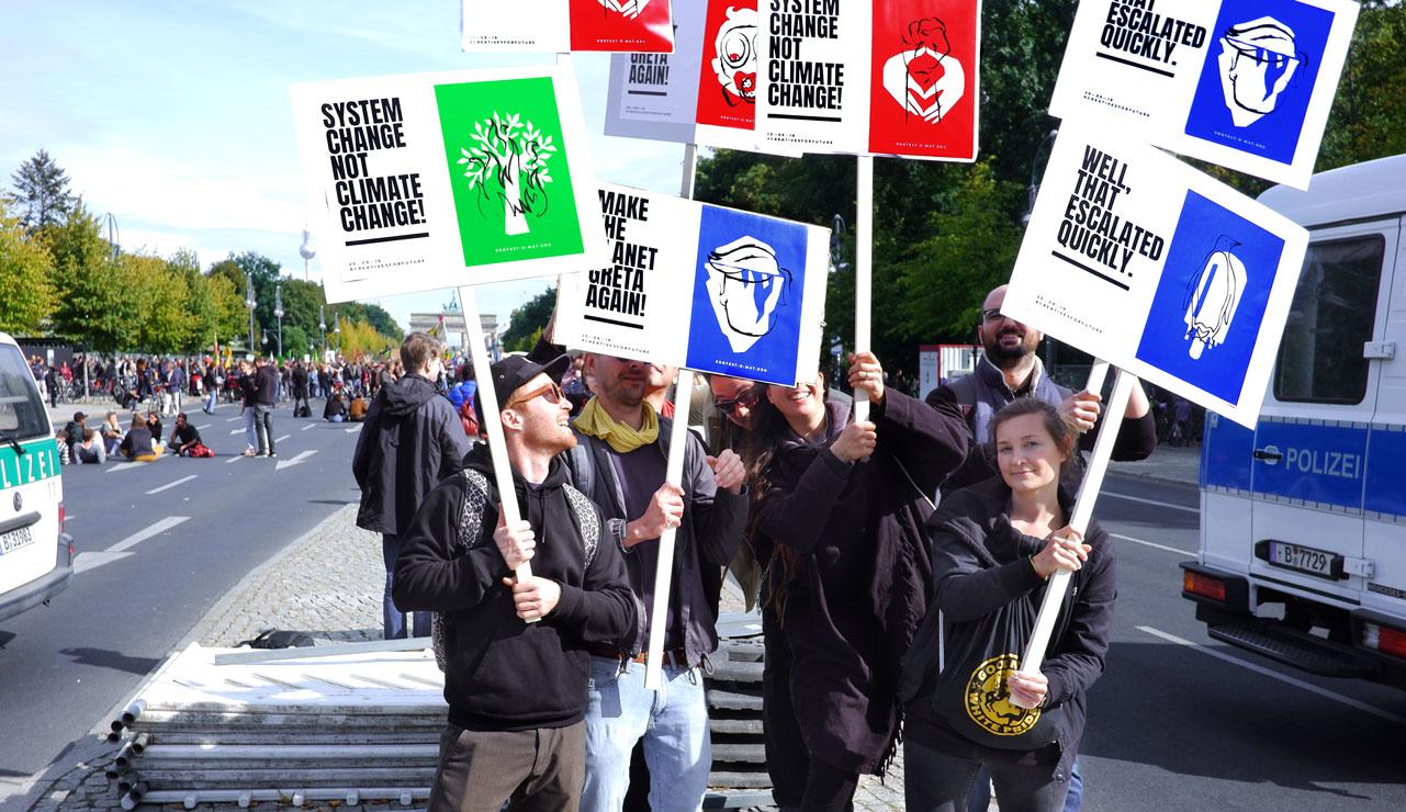 ZN Original: Der Protest-O-Mat Zentralnorden Team beim Klimastreik