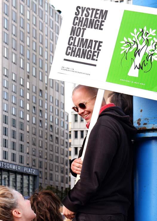 ZN Original: Der Protest-O-Mat Team beim Klimastreik