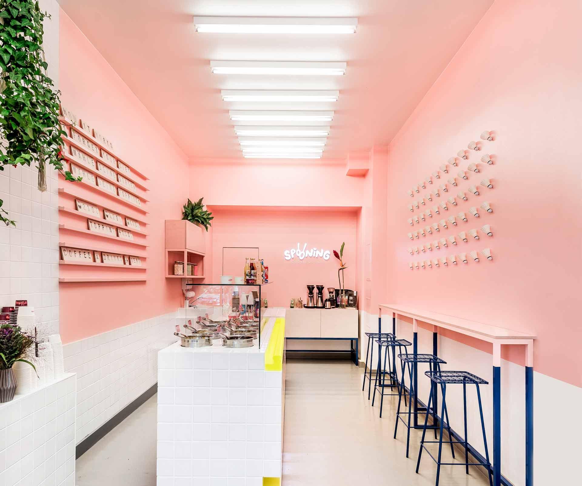 Zentralnorden Case: Spooning Cookie Dough Interior Image Kollwitzplatz